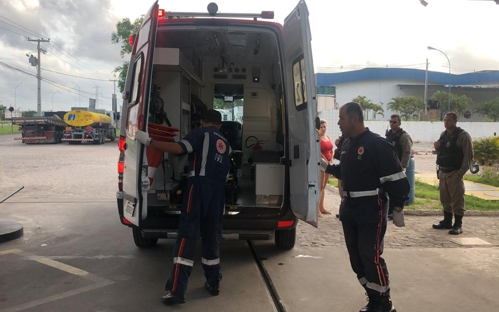Acidentados de trânsito superlotam hospitais e sobrecarregam o Samu — Foto: Walter Paparazzo/G1