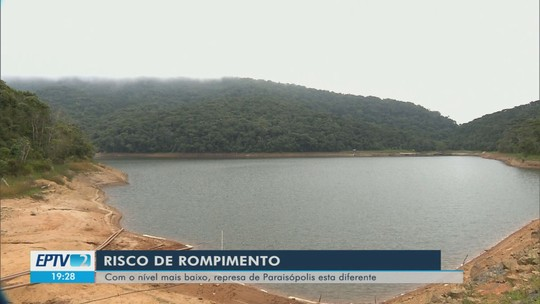 Risco de rompimento faz nível de represa ser reduzido em Paraisópolis, MG