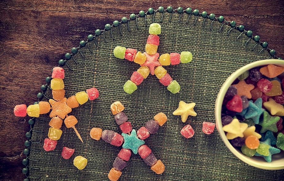 Crianças - e adultos - amam jujubas. Montadas em formato de estrela, então, não tem como resistir
