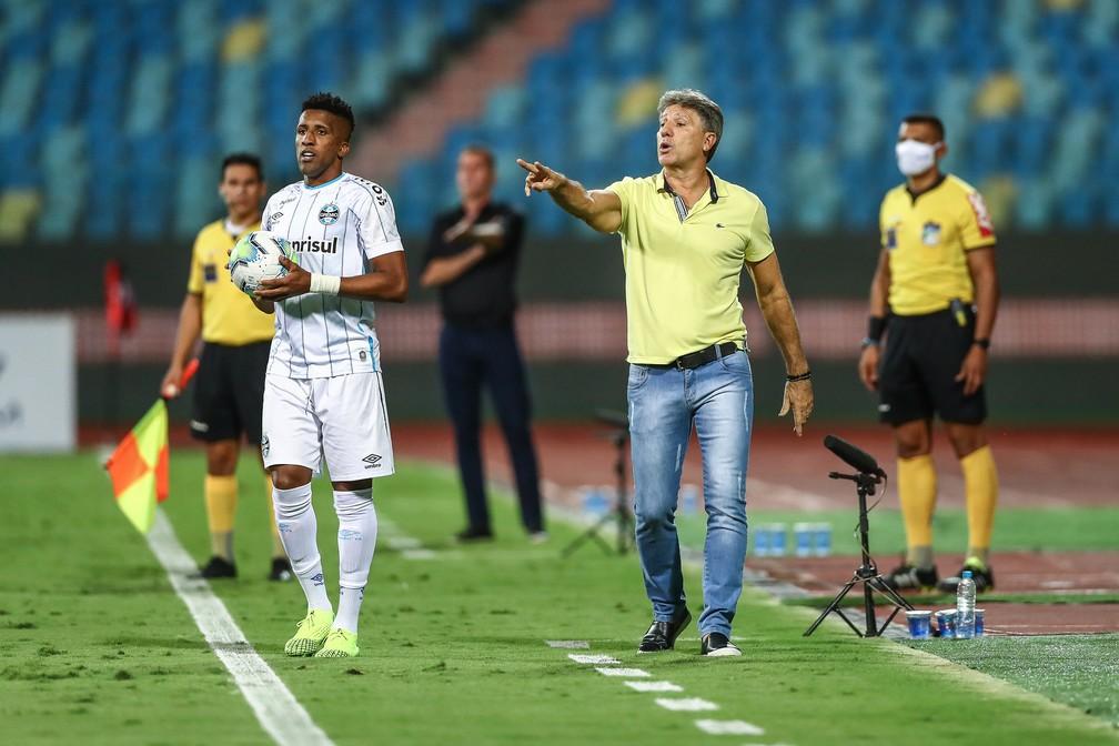 Renato comanda o Grêmio contra o Atlético-GO — Foto: Lucas Uebel/Divulgação Grêmio