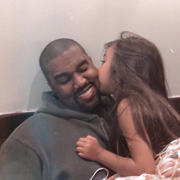 North West e Kanye West (Foto: Reprodução/Instagram)