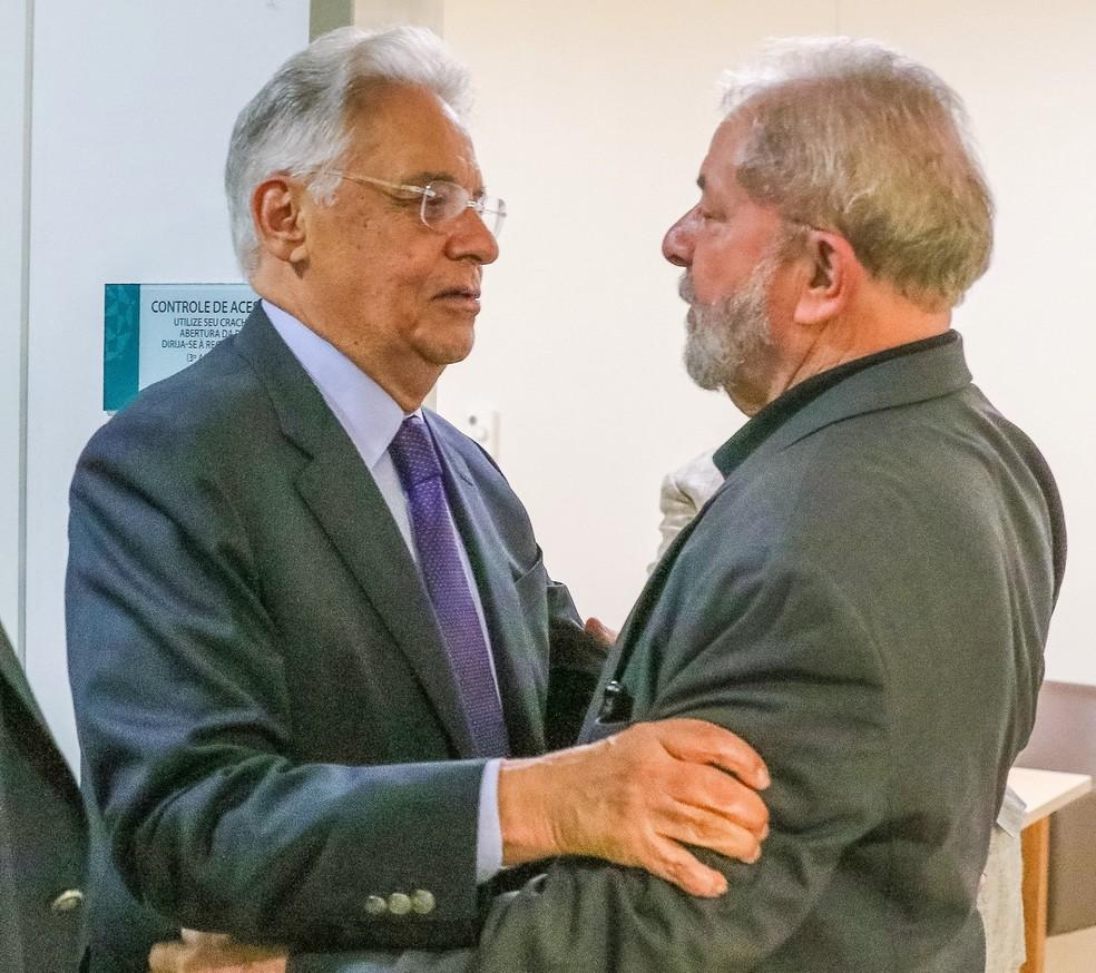 Lula conversa com FHC no Hospital Sírio-Libanês durante internação da ex-primeira-dama Marisa Letícia (Foto: Ricardo Stuckert/Reprodução)