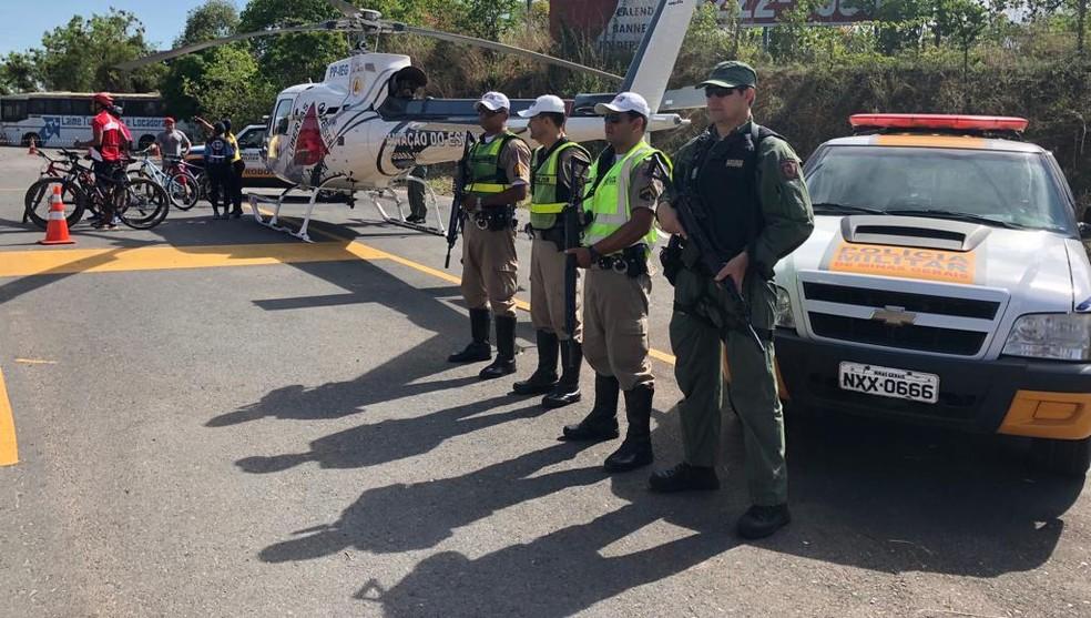 Dezenas de militares farão fiscalizações para prevenir acidentes durante os dias de feriado prolongado no Norte de Minas — Foto: Polícia Militar/Divulgação