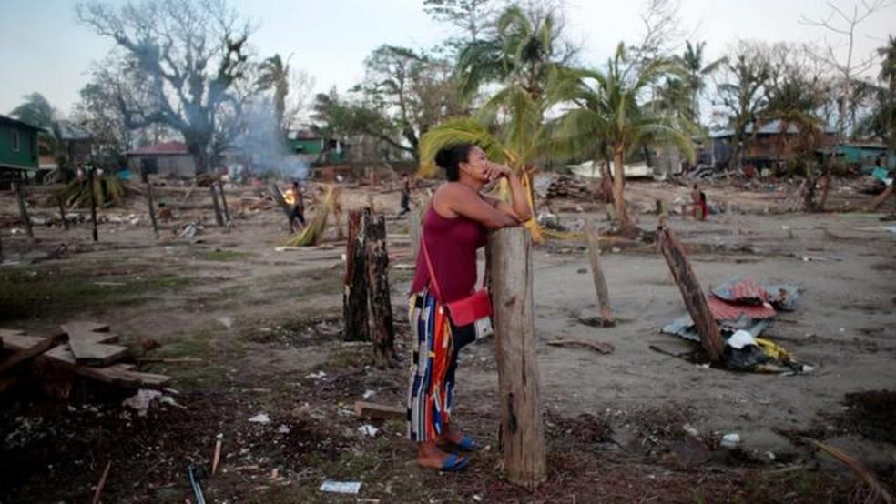 O furacão Iota esteve entre o número recorde de tempestades que devastaram as Américas neste ano — Foto: Reuters