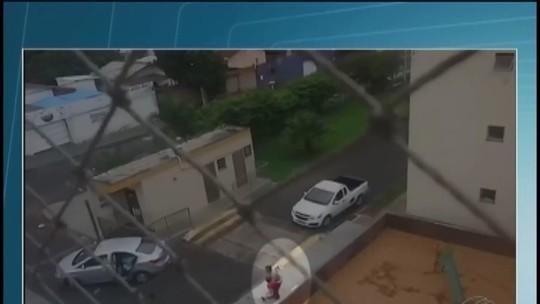 Jovem esfaqueou vizinhos para roubar carro em Uberlândia, diz PM