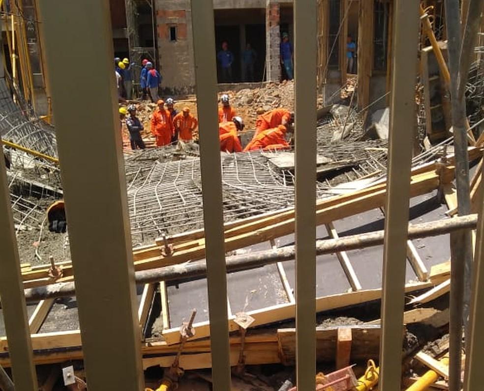 Destroços de construção que desabou no oeste da Bahia — Foto: Blogbraga/Repórter Paiva