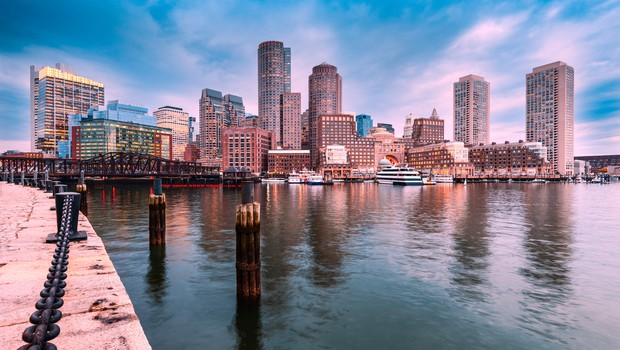 Boston, Massachusetts, USA city skyline at the harbor. (Foto: Thinkstock)