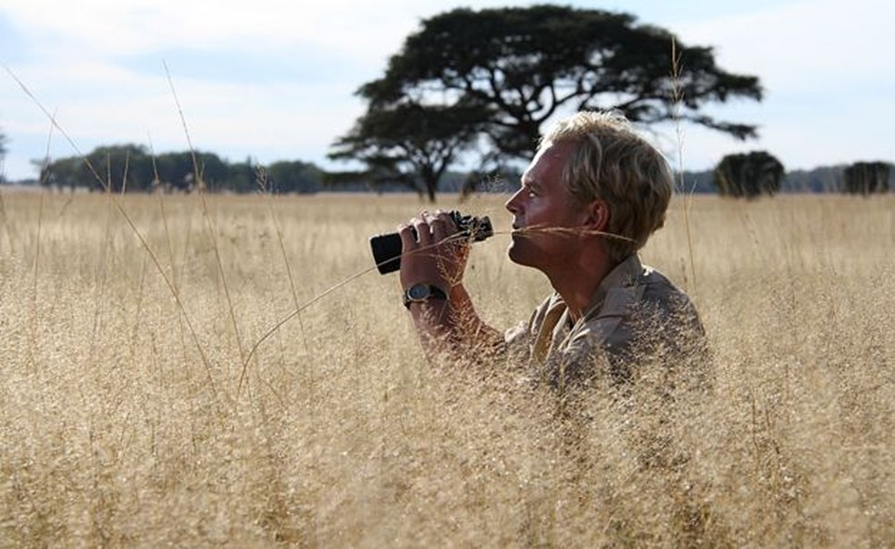 Tony Sinclair se recusou a sacrificar os gnus e preferiu confiar na natureza — Foto: Passion Pictures/BBC