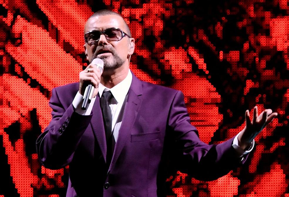 George Michael em show de sua turnê