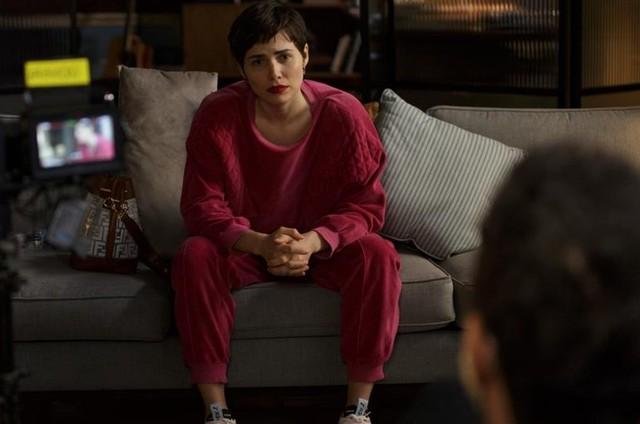 Letícia Colin em 'Sessão de terapia' (Foto: Helena Barreto)