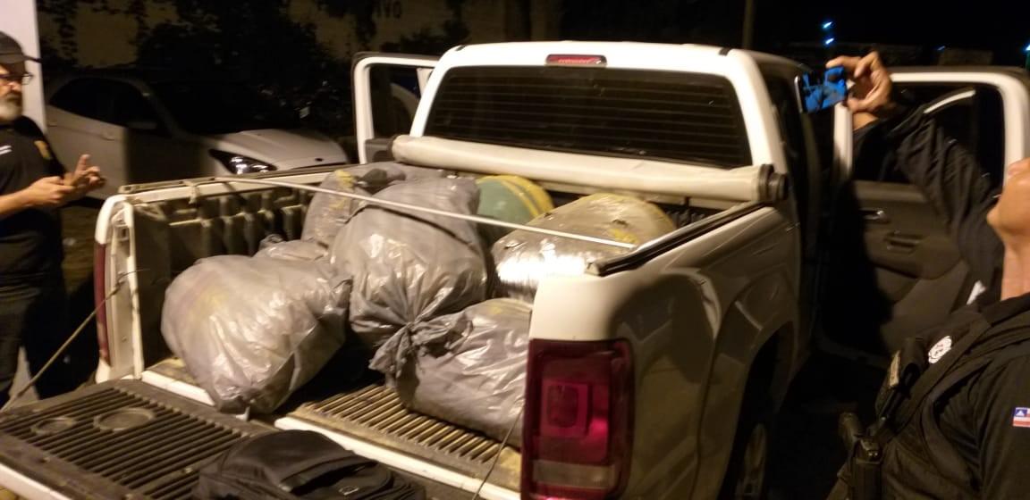 Três homens são presos após serem flagrados transportando mais de 200 Kg de maconha em rodovia do norte da Bahia