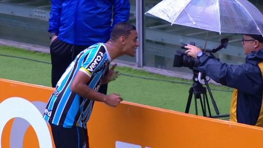 Para evitar desgaste, Grêmio define utilização de Léo Moura apenas em jogos na Arena