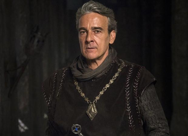 Alexandre Borges caracterizado como Rei Otávio em 'Deus Salve o Rei' (Foto: Divulgação/TV Globo)