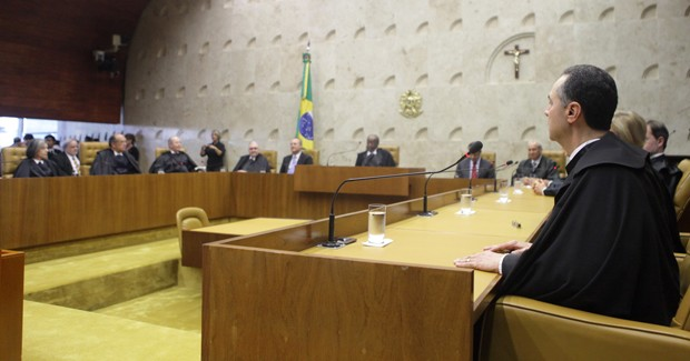O mais novo ministro do STF, Luís Roberto Barroso, em sua primeira sessão, em junho (Foto: Fellipe Sampaio/SCO/STF)