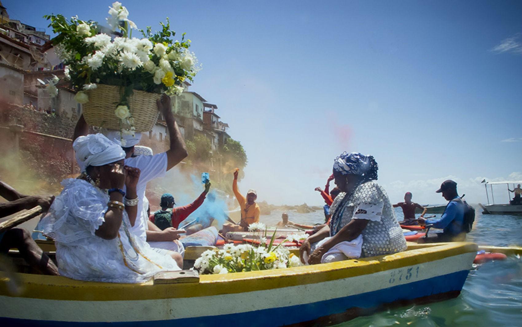 Exposição coletiva 'Multiverso Bahia'  é aberta nesta terça-feira, em Salvador