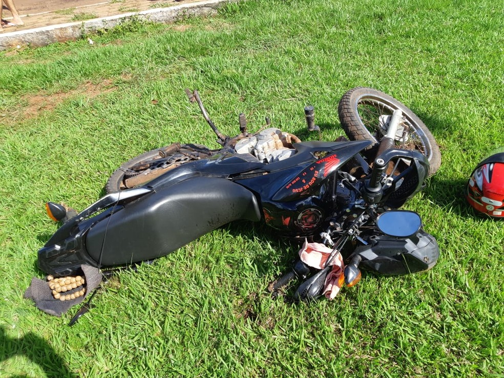 Motociclista morre após bater em caminhonete na BR-226 em Lajeado Novo. — Foto: Divulgação/Polícia Rodoviária Federal