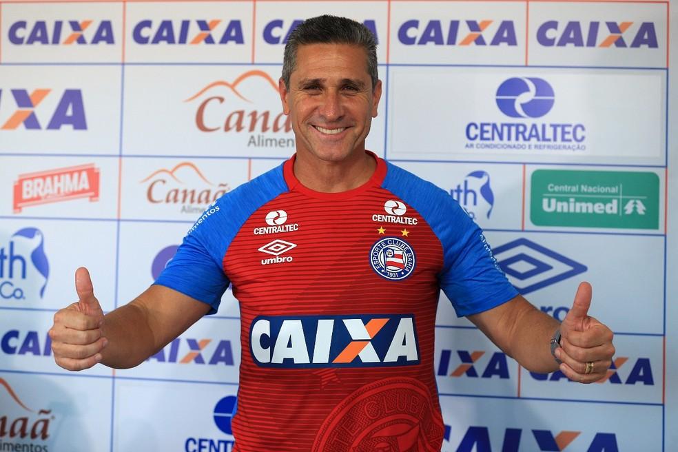 Jorginho chegou ao Bahia com objetivo de alcançar grandes conquistas; técnico foi demitido após 14 jogos (Foto: Felipe Oliveira / Divulgação / E.C. Bahia)