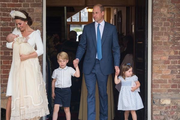 O Príncipe William com a esposa e os filhos (Foto: Getty Images)