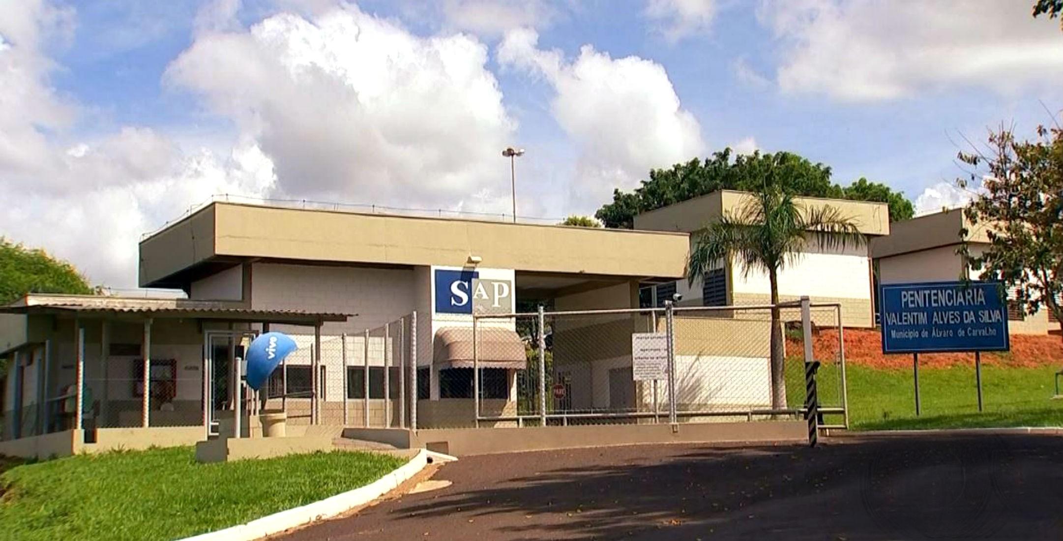 Sete detentos do regime semiaberto fogem da Penitenciária de Álvaro de Carvalho