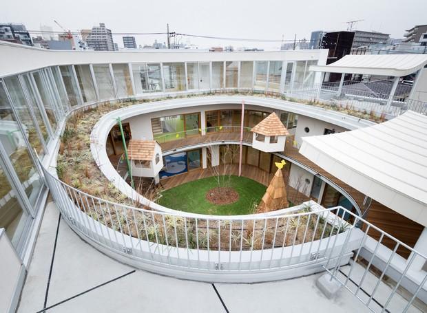 Visão da escola no último andar (Foto: MAMM Design/ Divulgação)