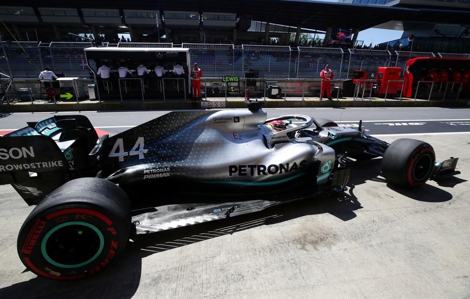 GP da Áustria: Lewis Hamilton volta a liderar treino mas desta vez com Sebastian Vettel perto