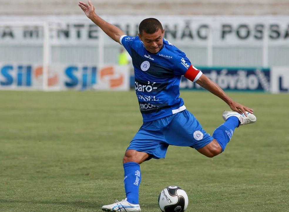 Marcelo Cordeiro está há três anos jogando pelo São Bento, entre idas e vindas (Foto: Jesus Vicente/ EC São Bento)