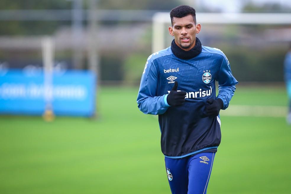 Zagueiro Rodrigues, do Grêmio — Foto: Lucas Uebel/Grêmio