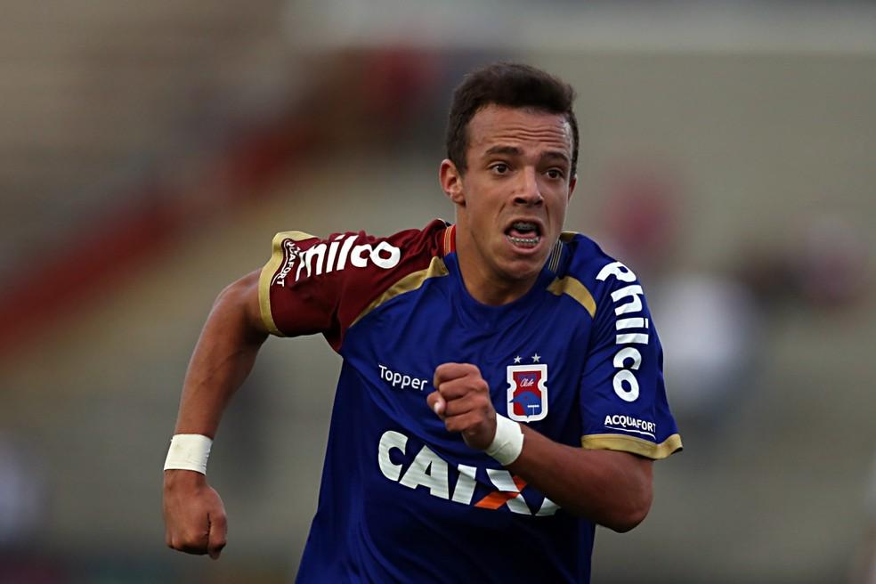 Andrey é um dos destaques do Paraná, mas foi expulso duas vezes em nove jogos — Foto: Albari Rosa/Gazeta do Povo