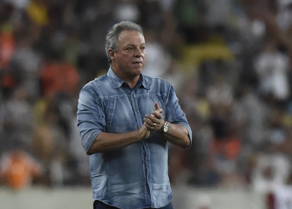 Abel Braga comandará o Flu por mais uma temporada (Foto: André Durão/GloboEsporte.com)