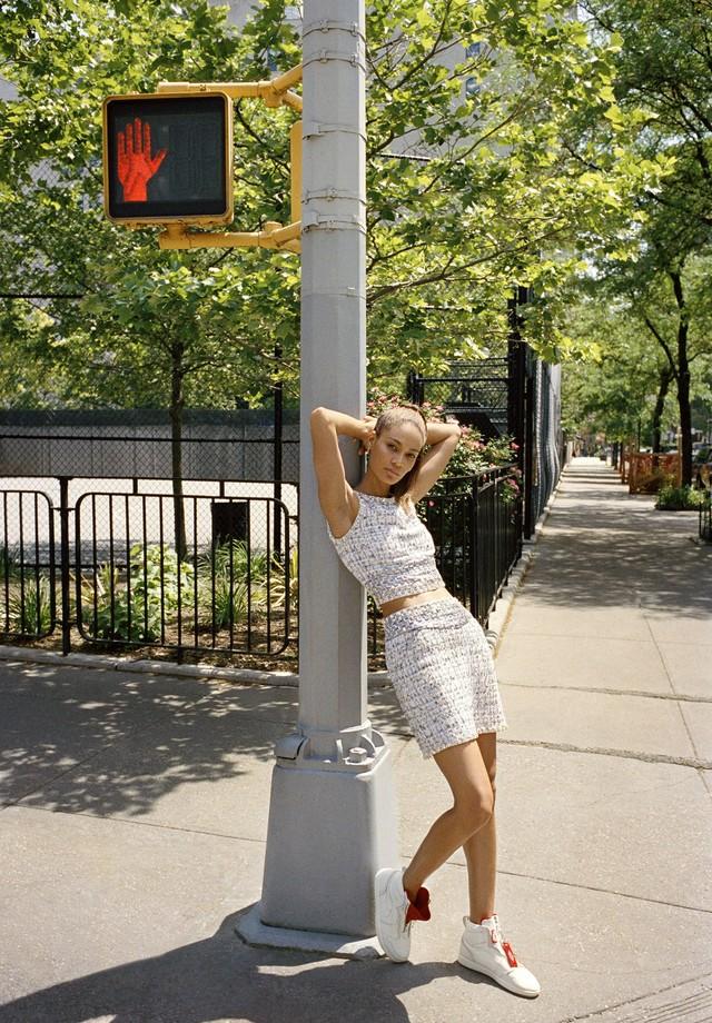 Os Air Jordans 1 AWOK em branco, da colaboração da Nike com a Vogue americana (Foto: Divulgação)