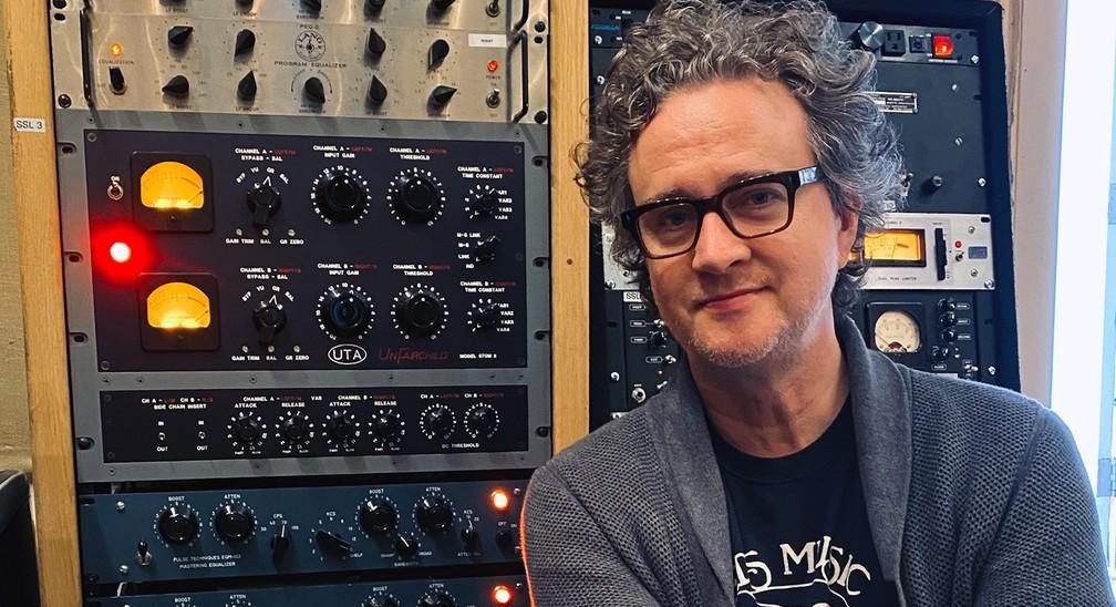 O produtor canadense Greg Wells — Foto: Divulgação