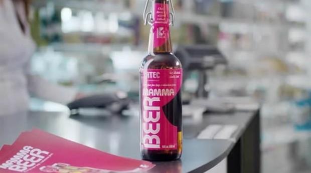 Mamma beer está sendo distribuída em farmácias e hospitais da República Tcheca (Foto: Divulgação)