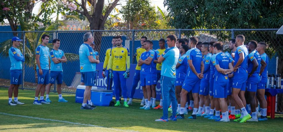 Henrique afirmou que o atual elenco do Cruzeiro tem condições de dar a volta por cima — Foto: Vinnicius Silva/Cruzeiro