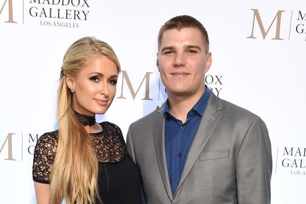 Paris Hilton e Chris Zylka (Foto: Getty Images)