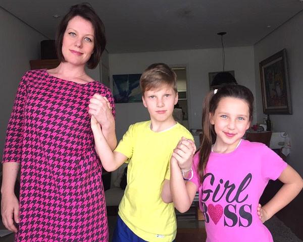 Minha amiga Bia Schauff com os filhos, Cadu e Ceci (Foto: Divulgação)