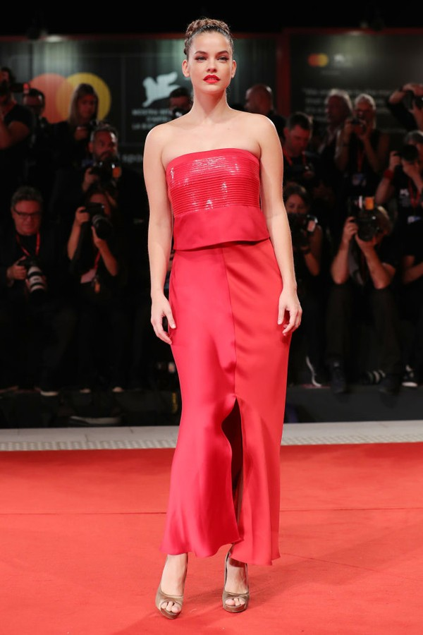 "VENICE, ITALY - AUGUST 30:  Barbara Palvin walks the red carpet ahead of the ""Seberg"" screening during the 76th Venice Film Festival at Sala Grande on August 30, 2019 in Venice, Italy. (Photo by Vittorio Zunino Celotto/Getty Images) (Foto: Getty Images)"