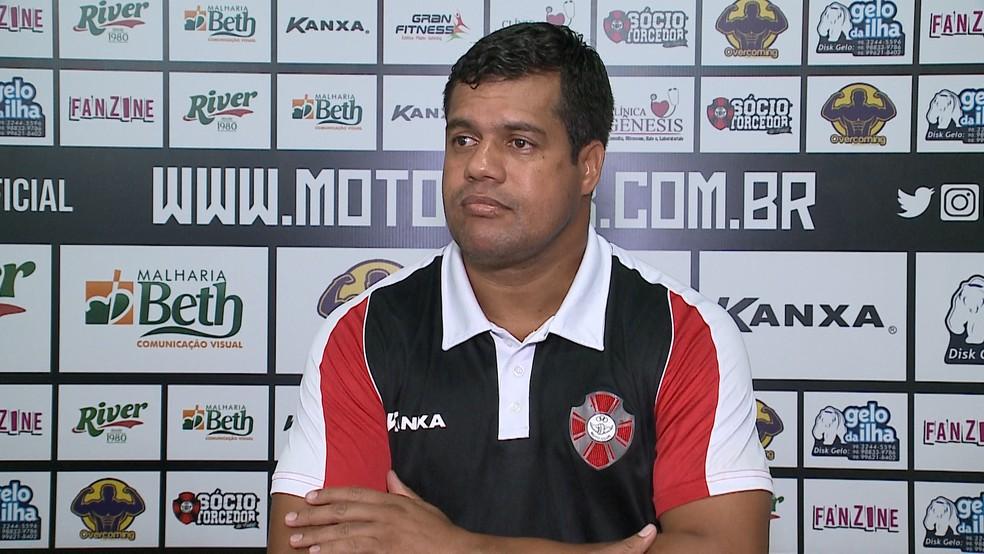 Dejair Ferreira foi efetivado após duas partidas pelo Moto — Foto: Reprodução / TV Mirante