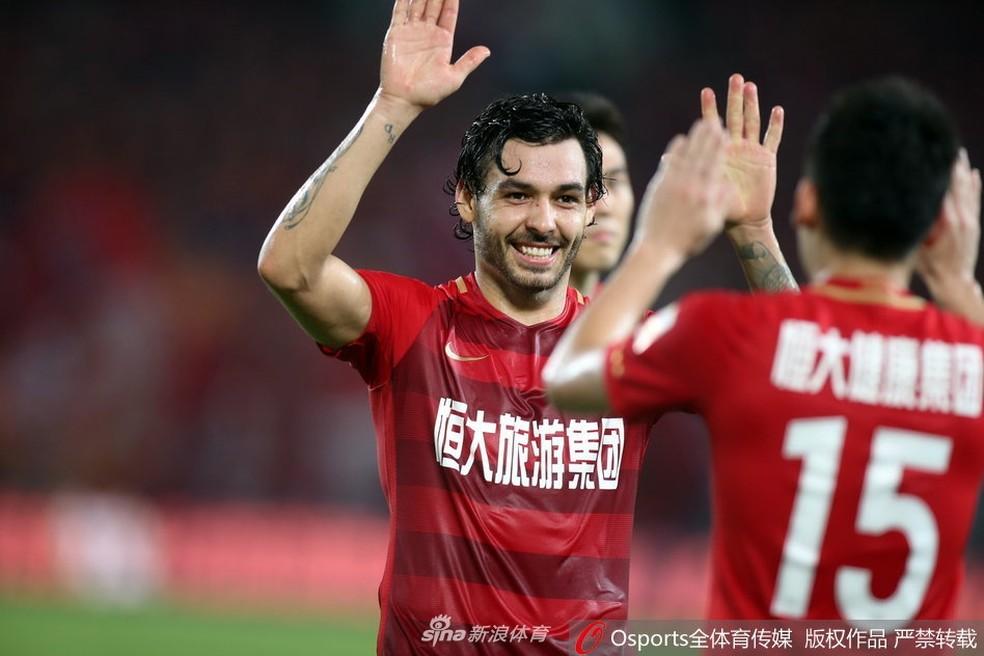 Ricardo Goulart tem bons números no futebol chinês (Foto: Sina.com)