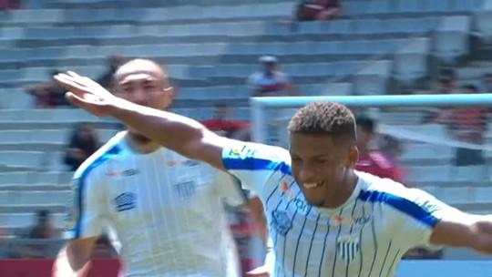 Gol, pênalti anulado, travessão, melhores momentos... Veja os vídeos de Athletico 0x1 Avaí