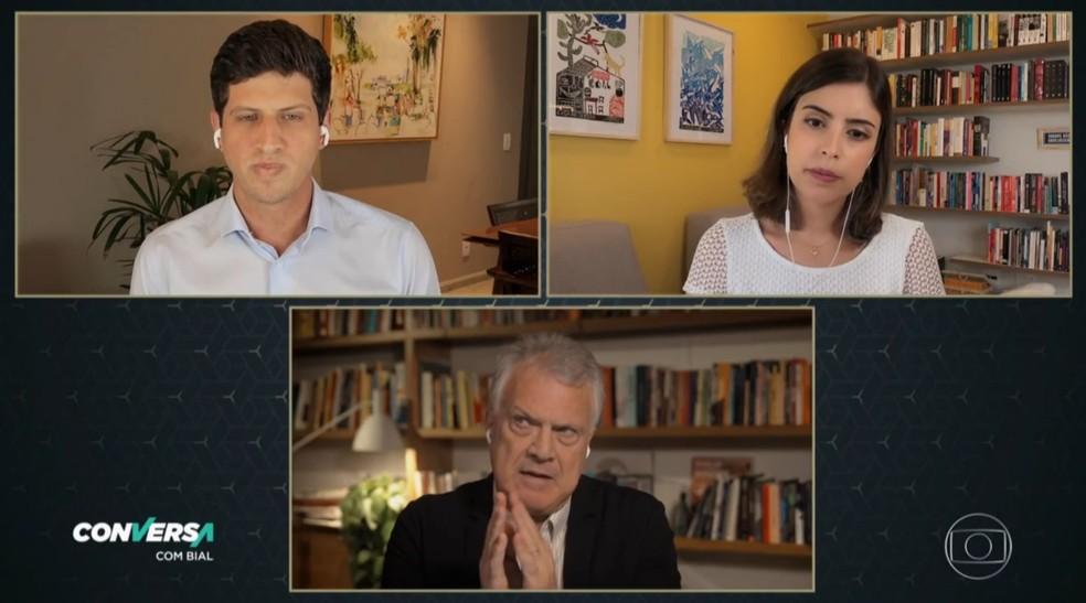 João Campos (PSB), prefeito de Recife e namorado de Tabata, também participou da entrevista — Foto: Reprodução/TV Globo