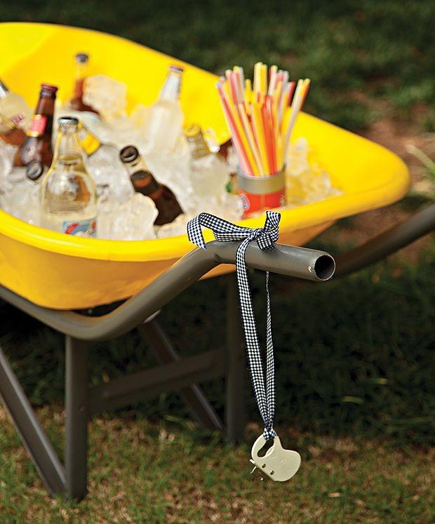 Bebidas geladinhas ajudam a driblar o calor da época de carnaval (Foto: Pinterest/Reprodução)