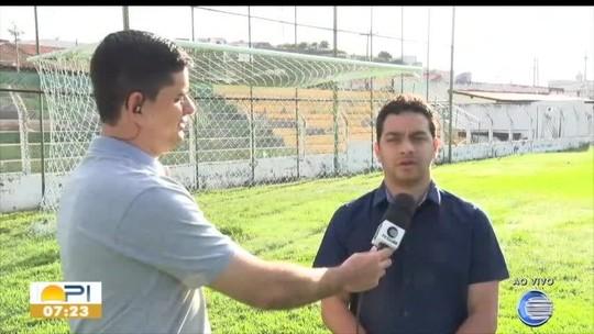 """Picos faz contato e cita interesse em Raphael Freitas para Série B: """"Tem marca registrada no clube"""""""