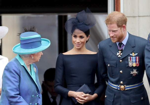 Rainha Elizabeth, Meghan Markle e príncipe Harry (Foto: Chris Jackson/Getty Images)