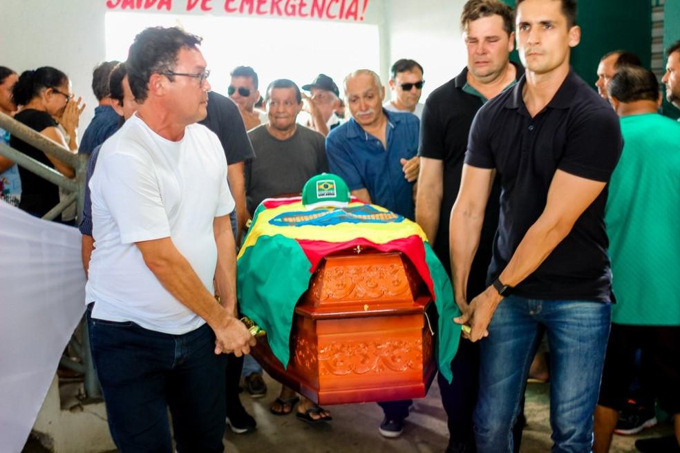 whatsapp image 2019 09 08 at 16.40.28 - Antônio Vilaça, prefeito de Barcarena, é velado em ginásio municipal