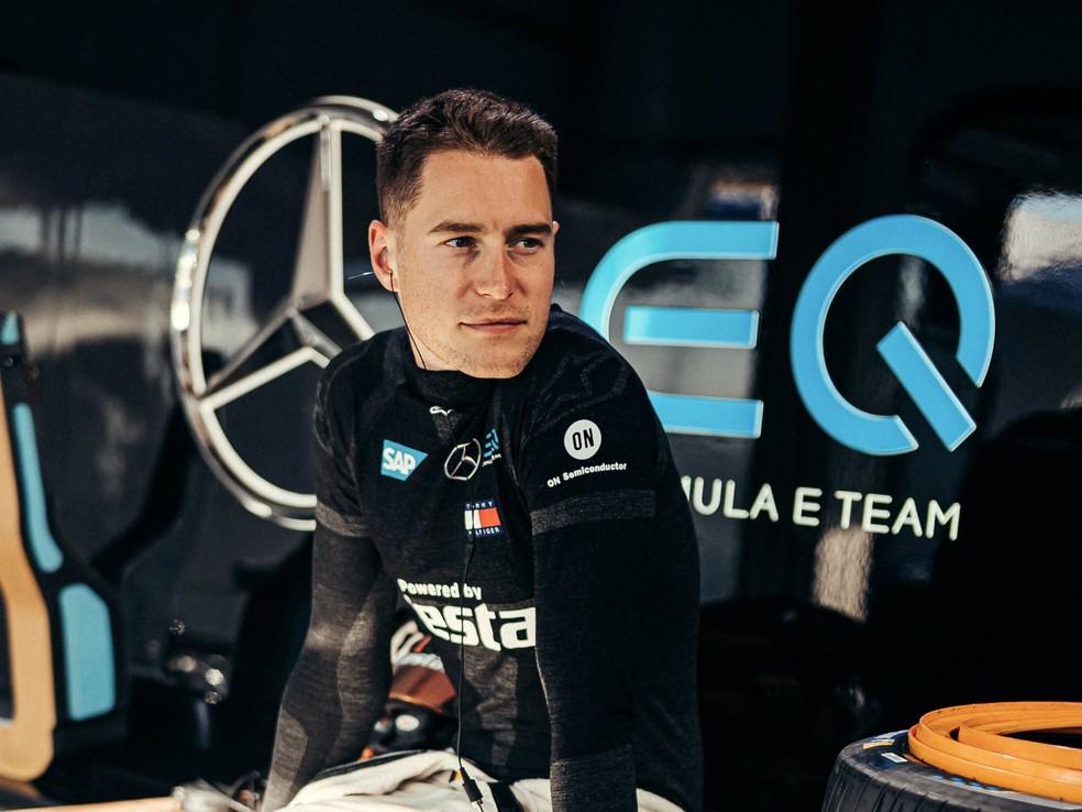 Stoffel Vandoorne é atual piloto da Mercedes na Fórmula E — Foto: Divulgação/Twitter