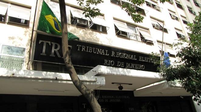Prédio do Tribunal Regional Eleitoral (TRE) no centro do Rio