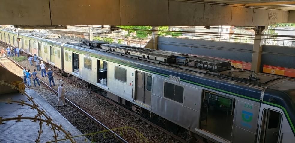 Composição acidentada ficou na plataforma nesta terça (18), na estação Ipiranga do Metrô  — Foto: Bruno Grubertt/TV Globo