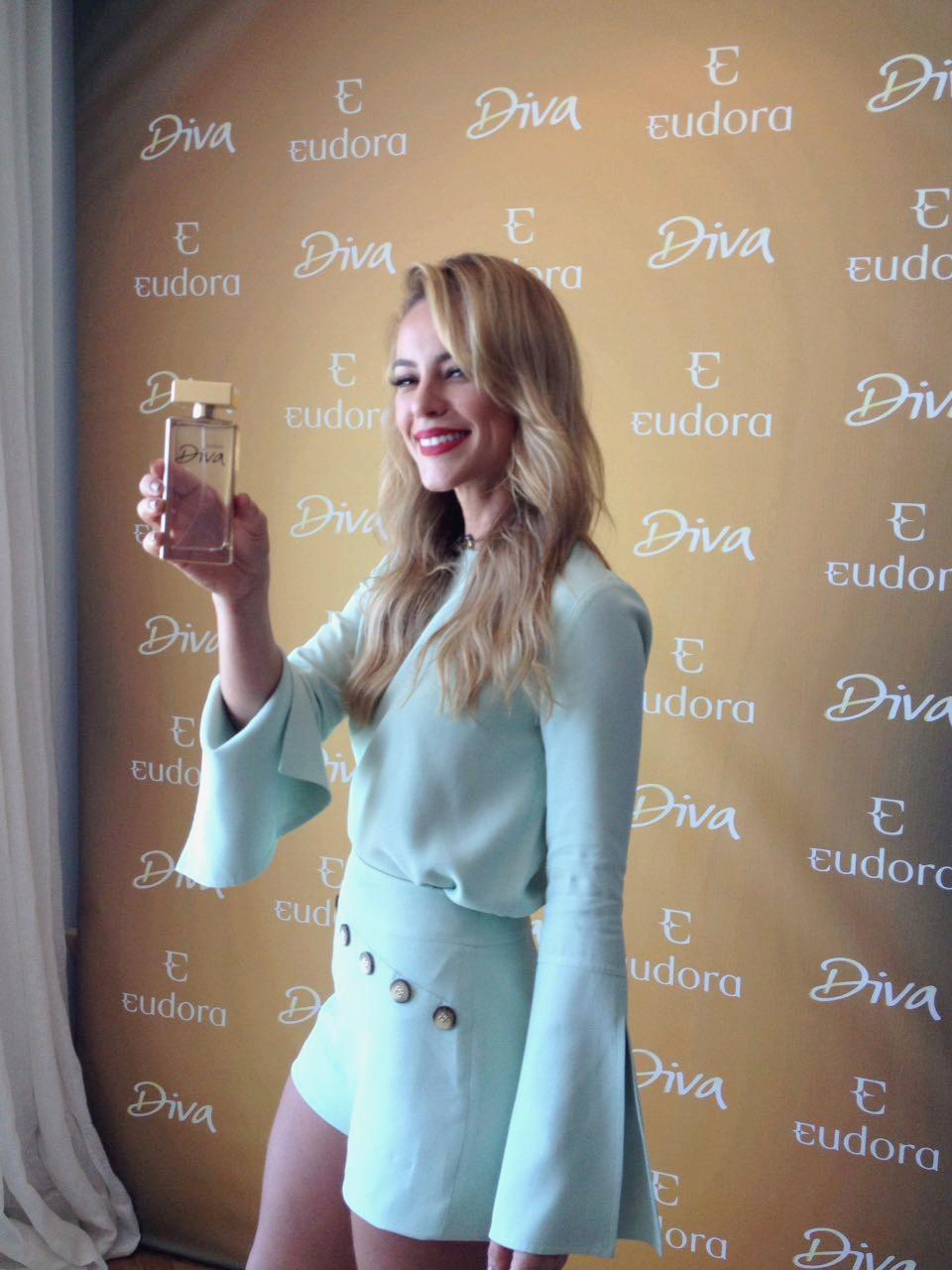 Paola Oliveira no lançamento do perfume Eudora Diva (Foto: Divulgação)
