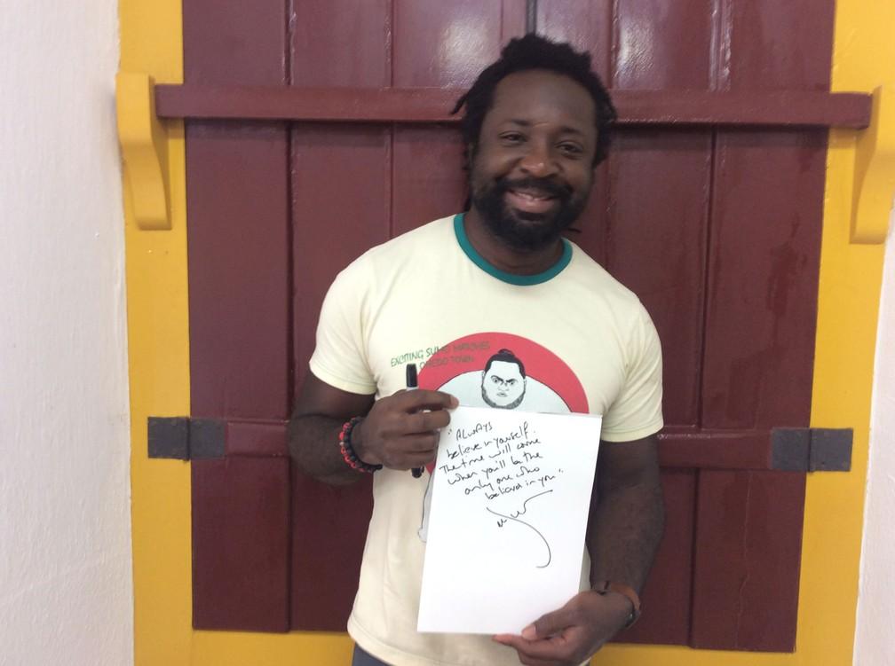 Ganhador do Man Booker Prize de 2015 e astro da Flip 2017, o jamaicano Marlon James, autor de 'Breve história de sete assassinatos', aconselha: 'Sempre acredite no seu valor. Seu tempo chegará quando você for o único a acreditar em si mesmo' (Foto: Luís Filipe Pereira/G1)