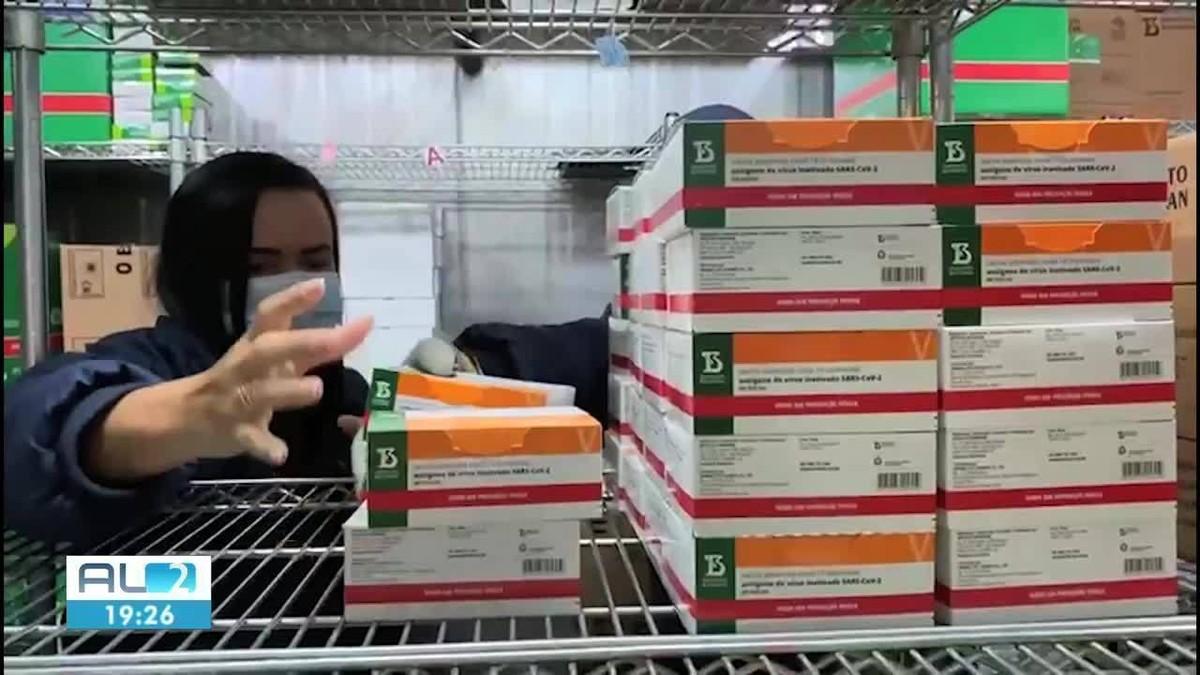 Alagoas recebe mais 15 mil doses da vacina CoronaVac
